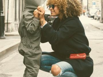 UNSER KIND WÄCHST MEHRSPRACHIG AUF – Wie Eltern die Sprachentwicklung ihrer Kinder fördern können