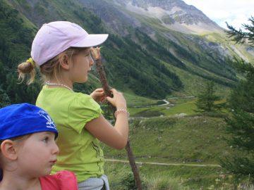 UNSER KIND WÄCHST MEHRSPRACHIG AUF: Wie Eltern die Sprachentwicklung Ihrer Kinder fördern können